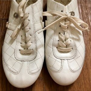 White Leather Guess Sneakers - golf style, sz 6.5